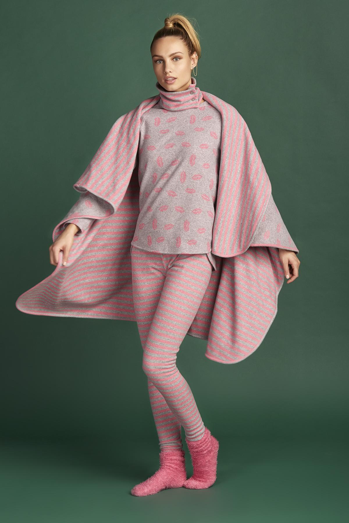 5870dc6aa98 Γυναικεία πυτζάμα χειμωνιάτικη Ροζ με Γρι 3 κομμάτια Andra lingerie made in  Italy μόνο στο BUSTO